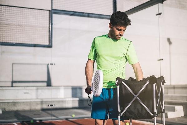 Giocare a padel a Milano da Padel Island è un'esperienza del tutto nuova